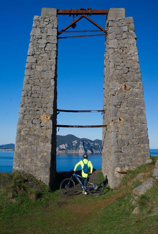 Excursiones en bicicleta eléctrica por la costa de Cantabria